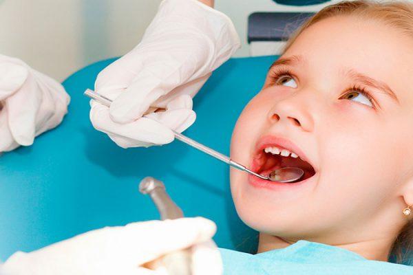 خدمات دندانپزشکی اطفال اصفهان