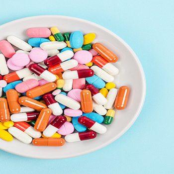 خطرات آنتی بیوتیک در دندانپزشکی